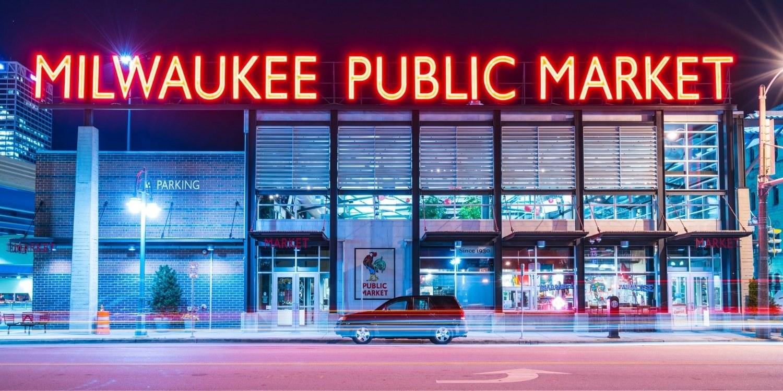 milwaukee dog-friendly restaurants