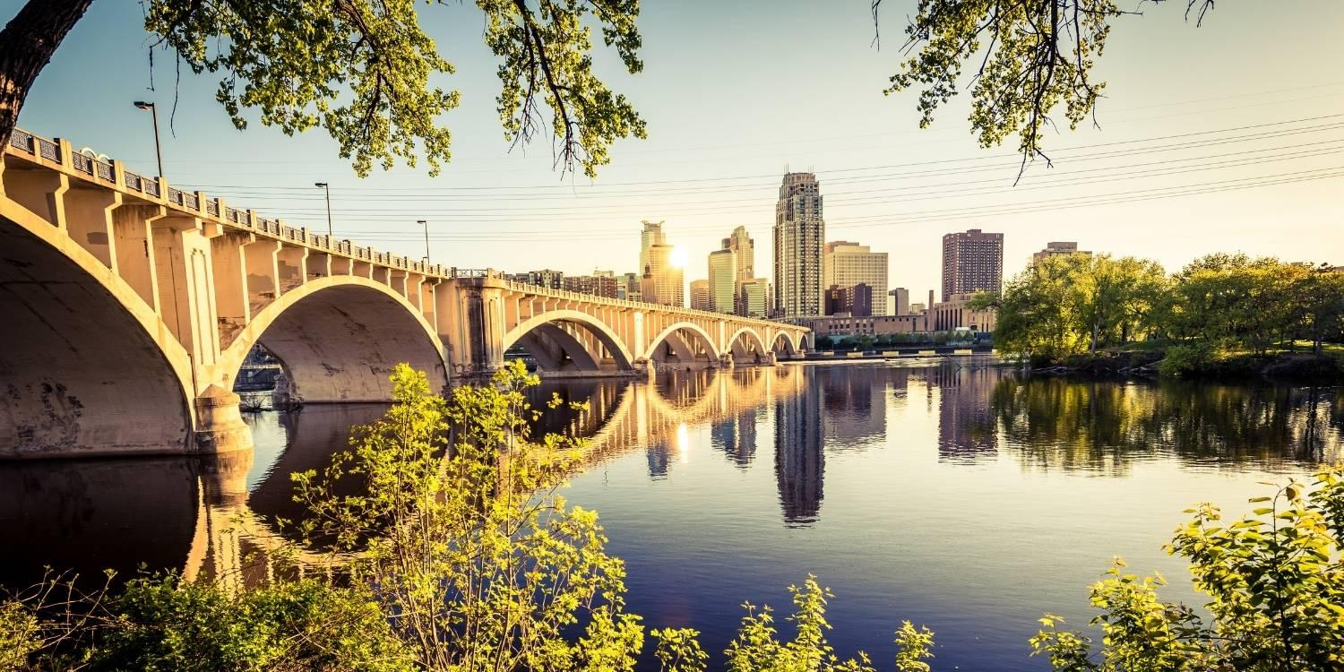 Check out Local Pet Care's list of the absolute best parks, dog parks, walking trails, natural spaces, and off-leash areas in Minneapolis!